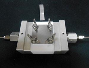 electrical_conductivity_measure_cell_gel_liquid_300